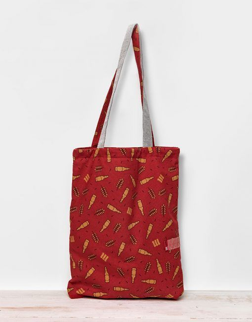 Red beer bottle pattern totebag made for Mahou by peSeta. Simple and original two handle bag.
