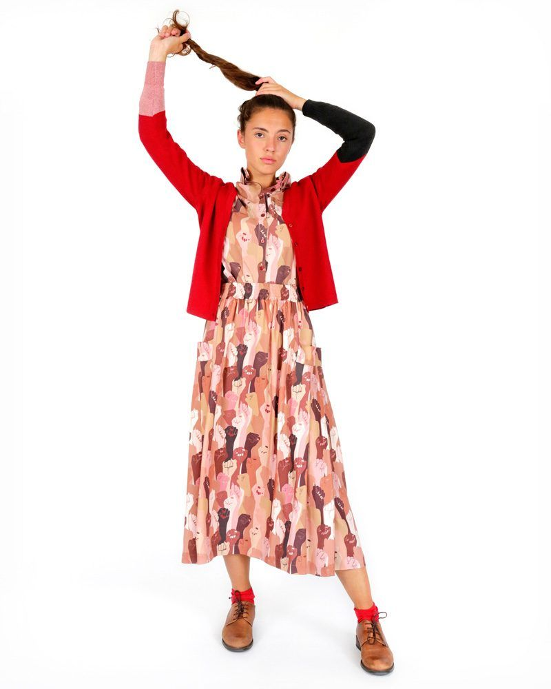 Long wide skirt with original pattern and side pockets